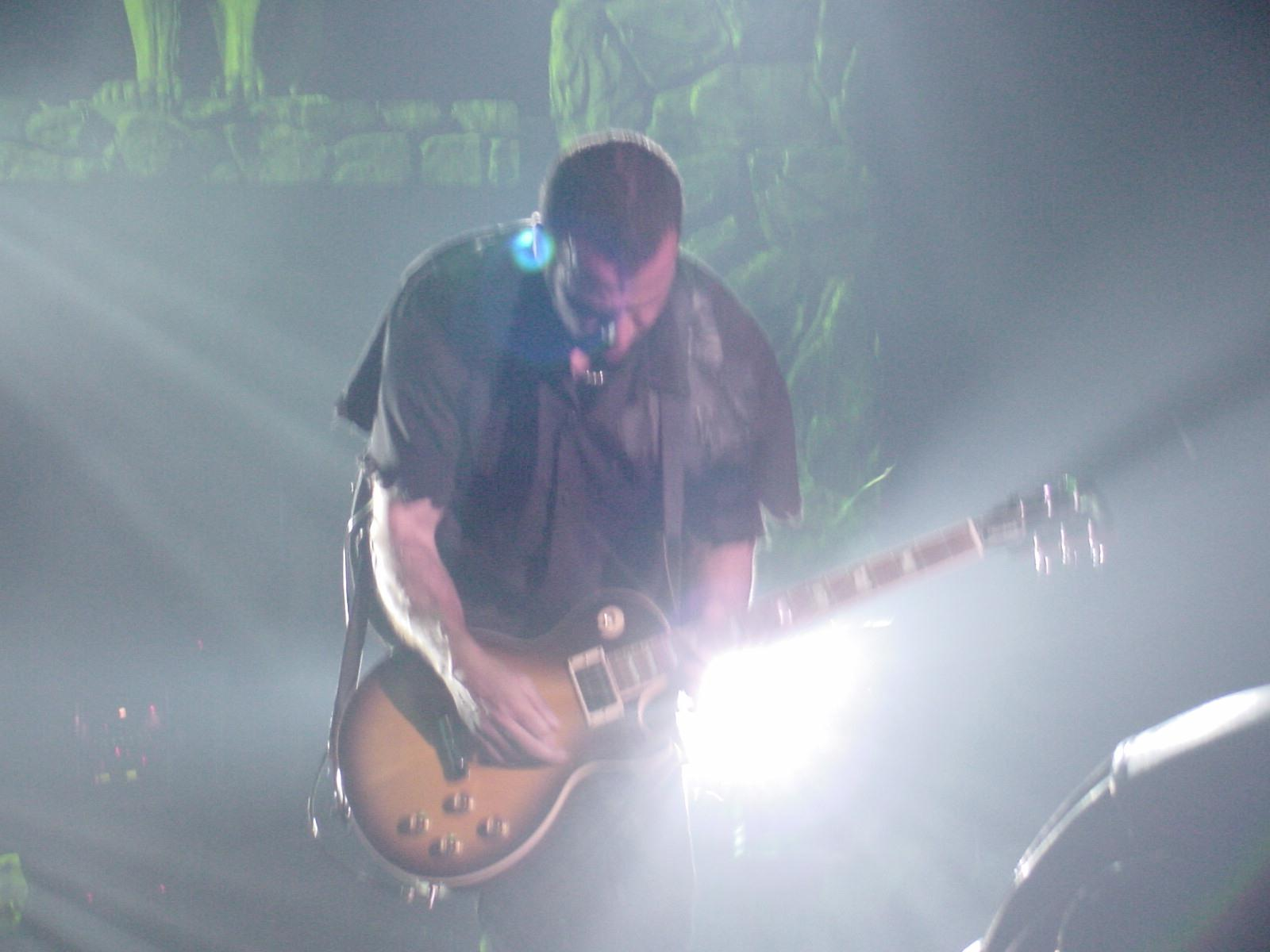 Photo of Godsmack guitarist
