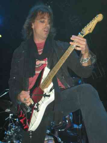 Warren Demartini, Ratt
